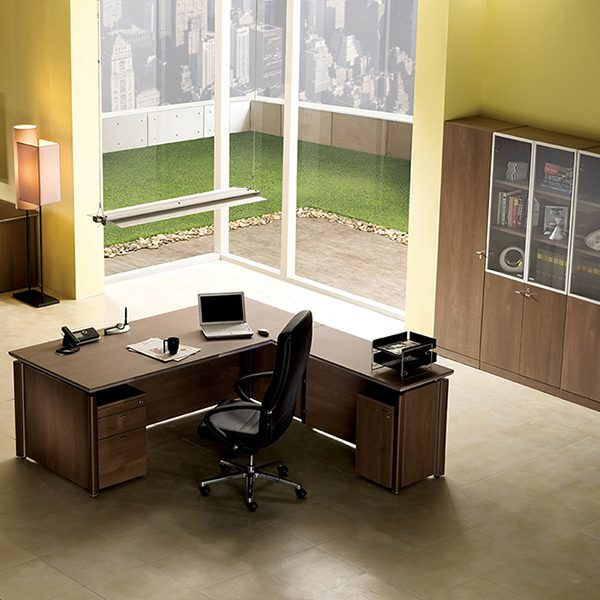 Mahattan Total Office Furniture